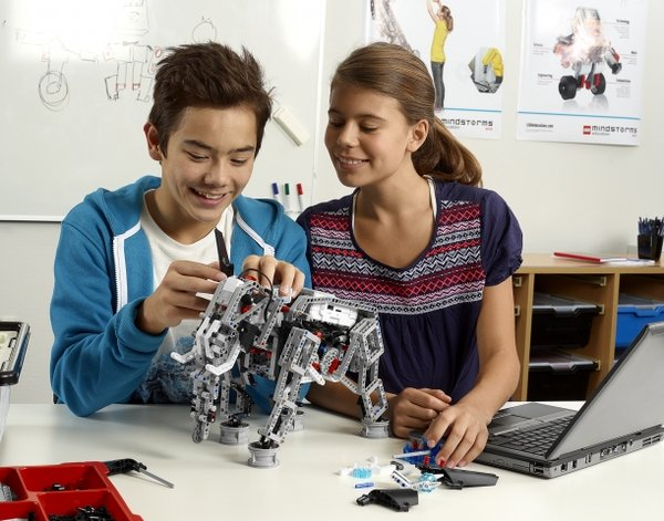 Lego Robotics And Education Discovery Station